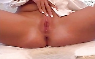 golden-haired chubby mariana love tunnel speculum