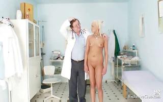 blonde klara getting cookie gyno examined by old