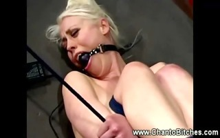 bounded lesbo slave fights against an orgasm