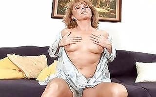 anilos koko toys her cum-hole and rides a dong