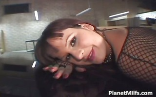 brunette mother i with big titties is ass