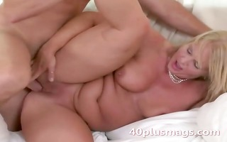 fat golden-haired d like to fuck susan b
