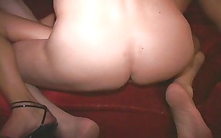 dark and white masked milfs fuck engulf and squirt
