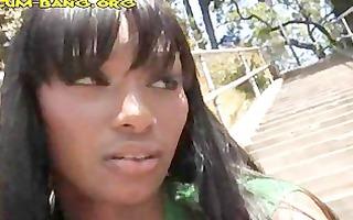 ebony chick revenge by engulfing white knobs