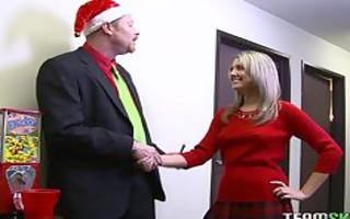 nina lane gave her slit as christmas gift for her