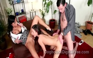 mother i and spouse have 3some with gorgeous dark