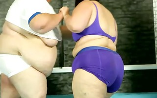 biggest obese big beautiful woman wrestling with