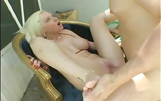 blonde doxy giving a good foot job fuck n engulf