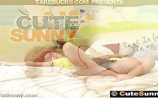 18 yo hawt sunny screwed hard by her friend